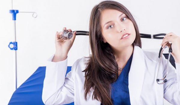 Should You Call A Female Brisbane Home Doctor?